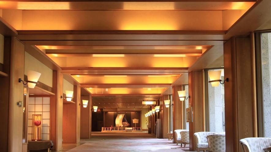 【館内】300年間守り続けられているおもてなしの心をちりばめた寛ぎの空間
