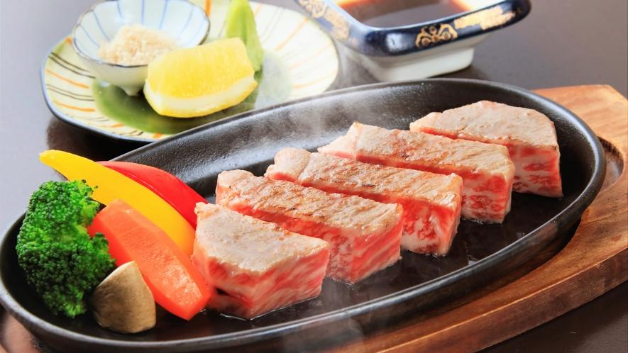 【夕食】山形牛ステーキ