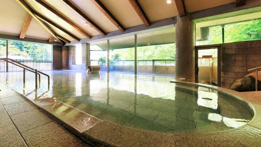 【3階 大浴場・楽水】広々とした大浴場で癒しのひとときをお過ごしください。