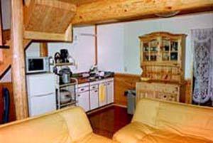 丸太コテージ「ログ小屋-1」キッチン