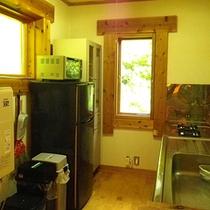 *コテージ(6名棟)一例/冷蔵庫などの備品も!