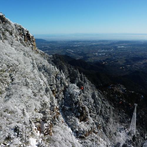 冬のロープと下界