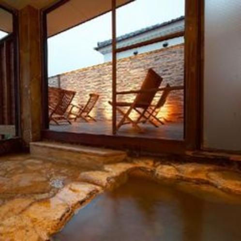 2種類の源泉が愉しめる大浴場♪