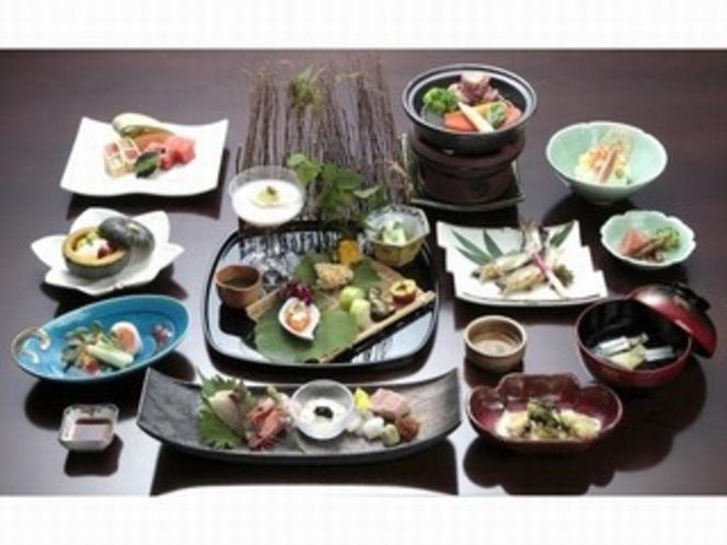 富山の四季折々の旬を味わう♪◆三楽園会席◆(料理例)