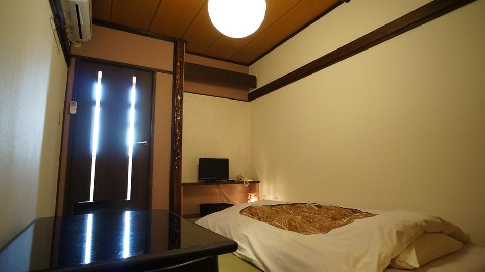 リニューアル6畳和室(トイレ付き)2