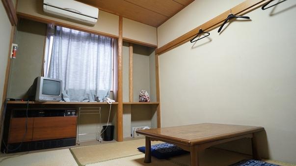 レトロフロア和室6畳(バス・トイレ共同)