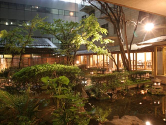 和食処桂川庭園