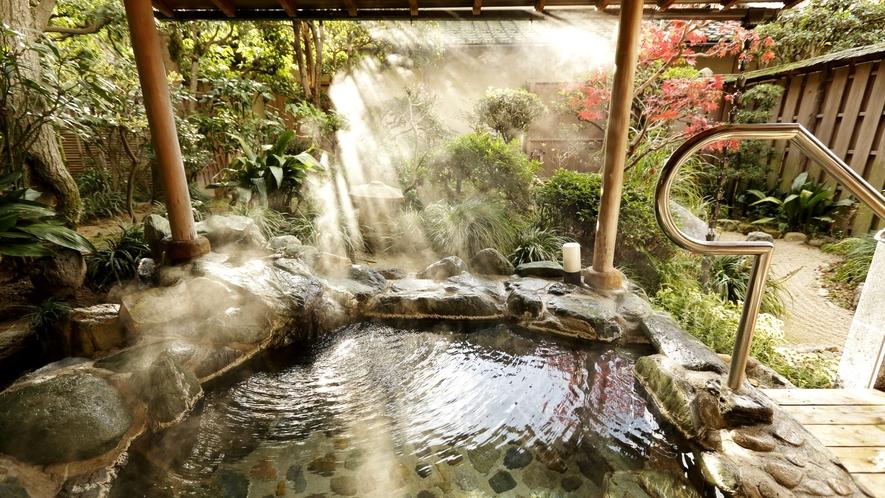 山荘 寿之間 露天風呂