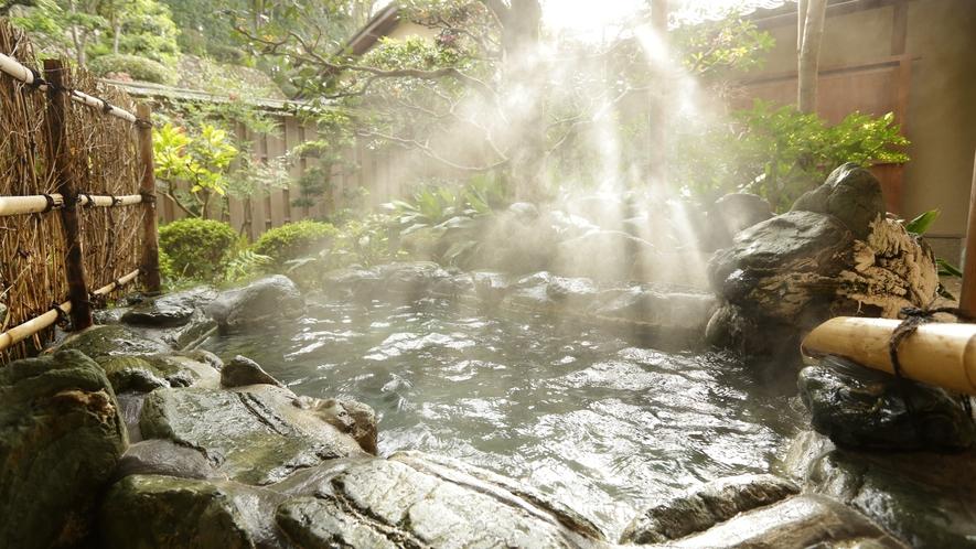 山荘 常盤之間 露天風呂