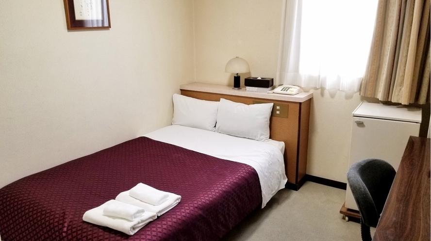 セミダブル客室 13.5㎡ 120×200ベット1台