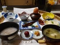 【ご朝食】体に優しい素材でお作りしております。