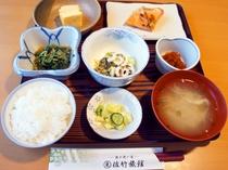 【朝食】朝からしっかり栄養を!