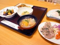 【夕食】毎食違うメニューでご提供いたします。