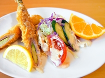 【夕食】肉巻きアスパラガスのフライとサラダ