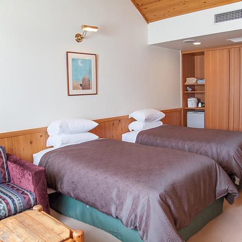 【部屋】フォース:2部屋ともに大型クローゼットを用意しており、長期滞在もOK!