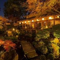 日本庭園 薄暮