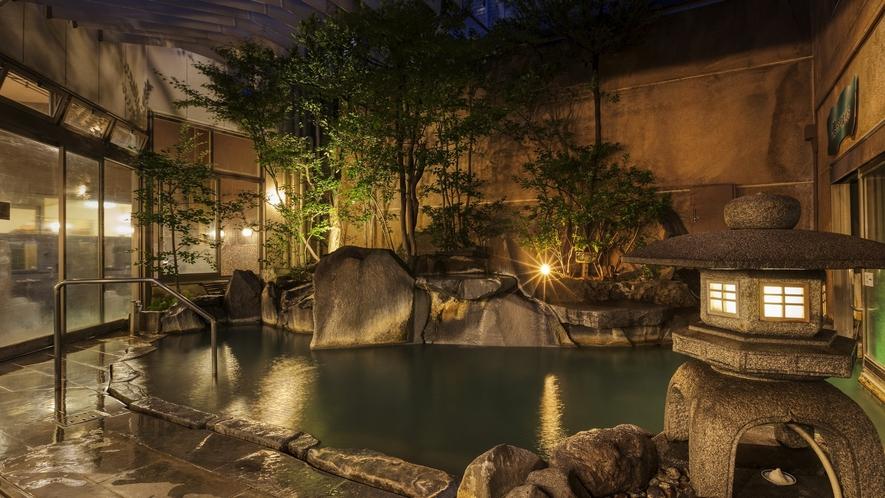 美人湯が楽しめる菊湯大浴場