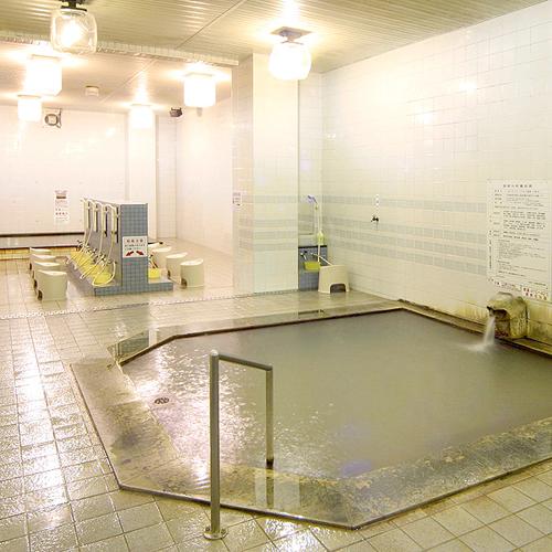 *【大浴場(西の湯)】浴場は毎日男・女入替制となっており、違った雰囲気を楽しめます。
