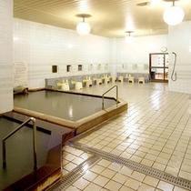 *【大浴場(東の湯)】飲用も出来ますので、糖尿病や肝臓病・胃腸の弱い方に効果があります。