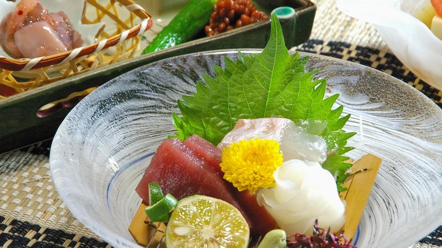 *新鮮な海の幸をぜひご賞味下さい(料理一例)