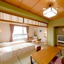 【山側和洋室一例】マウンテンビュー6畳の和室と洋間にツインベッドを完備