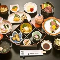 【和食会席一例】牛陶板焼、刺身三種盛りなど多彩な創作会席