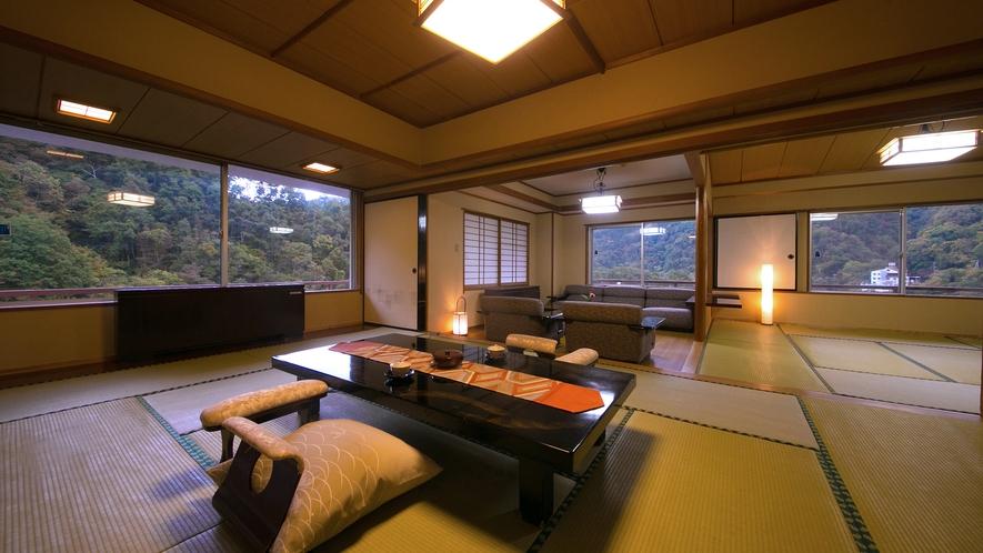 """【月見亭特別室】""""和室と応接間""""からなる広さを誇る空間で。大人数でのご宿泊にも最適です。"""