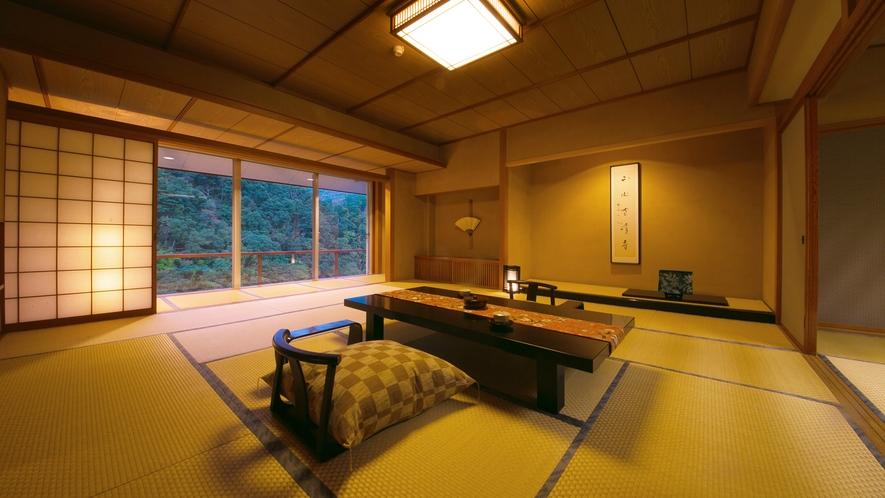 【貴賓室】最大8名様までご宿泊可能な優雅な客室。調度品や設えもひと際優美さを。