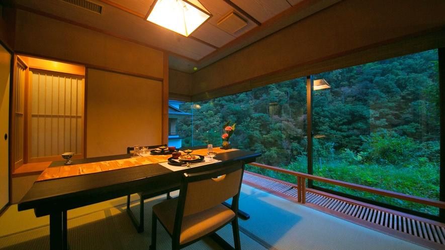【料亭個室_イメージ】愉しみなお食事は、お客様のペースを第一に。周囲を気にせずご堪能下さいませ。