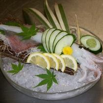 白イカの姿造り【バイキング〜+1,000円で選べる料理一例〜】
