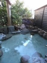 無料の露天風呂