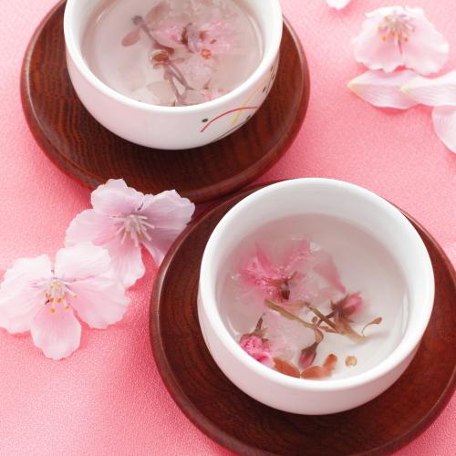 結納のおもてなし桜茶