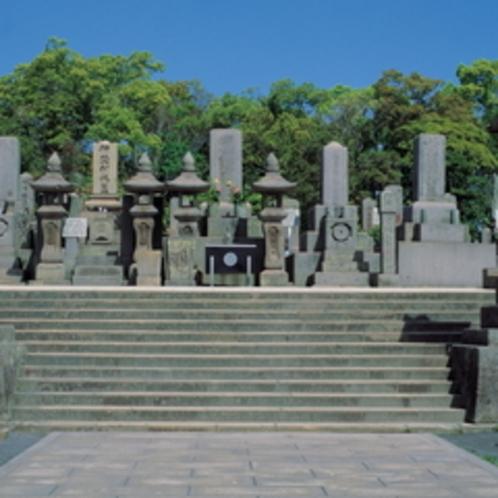 鹿児島の偉人、西郷隆盛の墓石