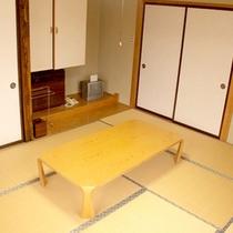*【客室例】畳のお部屋で足を伸ばしてのんびりと…