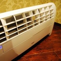 各階にはプラズマクラスター式空気洗浄器を設置。いつでも快適にお過ごし頂けます。