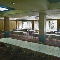 *食堂/みんなでワイワイ楽しい時間♪こちらでお食事をお楽しみください。