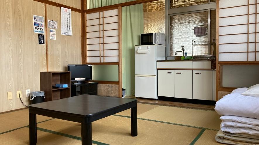 「本館」和室8畳 簡易キッチン付