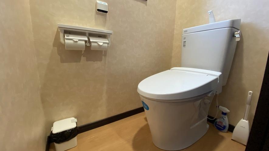 「新館」共用トイレ