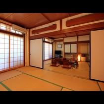 【客室二間】二間続きの客室は広々グループ向け☆三世代家族の利用にも人気です