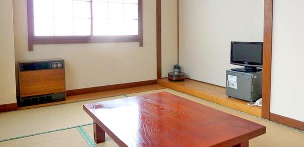★和室6畳【バス・トイレ共用】