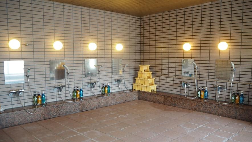 *洗い場/蛇口もたくさんあり、団体のお客様利用にも☆