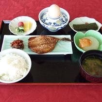 【朝食】和食一例