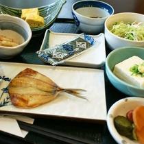 【ご朝食 和食一例】ほっと和む定番の和朝食をご用意いたします!