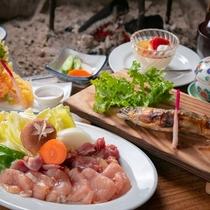 【ご宿泊限定夕食定食】綾町で取れた季節の産物をふんだんに使ったお料理で身も心もほっかほか♪