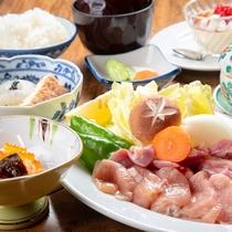 【ランチ/地鶏の網焼き御膳】噛むほどに旨味がクチの中で広がる宮崎地鶏を網焼きでお楽しみください。