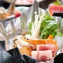 【ご夕食一例】旬の農産物をたっぷり使用した会席コースです。宮崎の海の幸山の幸を存分にご堪能ください。