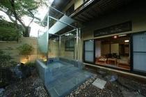 東棟1階客室露天風呂(一例)