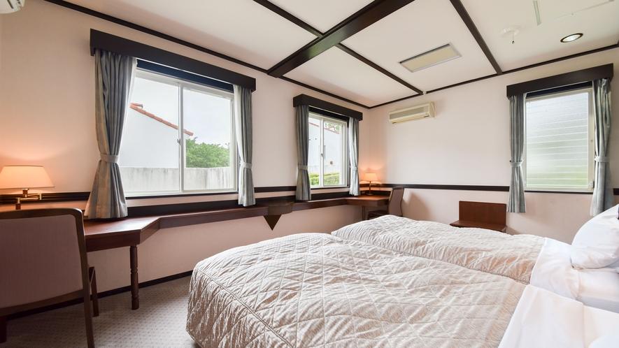 *部屋(コテージ・シングル2.ツイン1)/シングルベッドとツインベッド