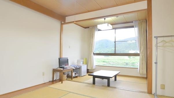和室11畳(バス・トイレ付)