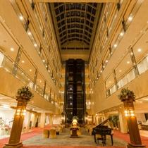 【ロビー】大切な人と過ごす 上質のリゾートホテル